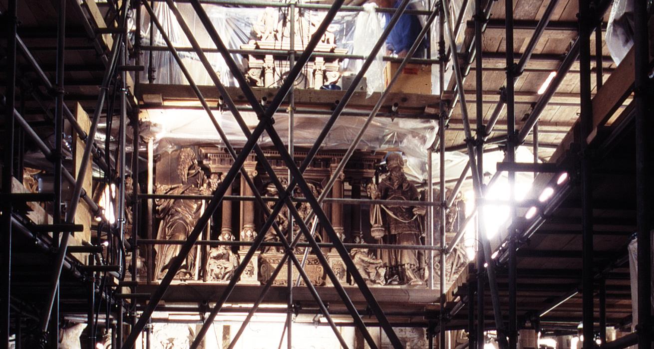 Restaurierung Hauptaltar - Eingerüsteter Zustand - St. Marien und Laurentin, Lauenstein