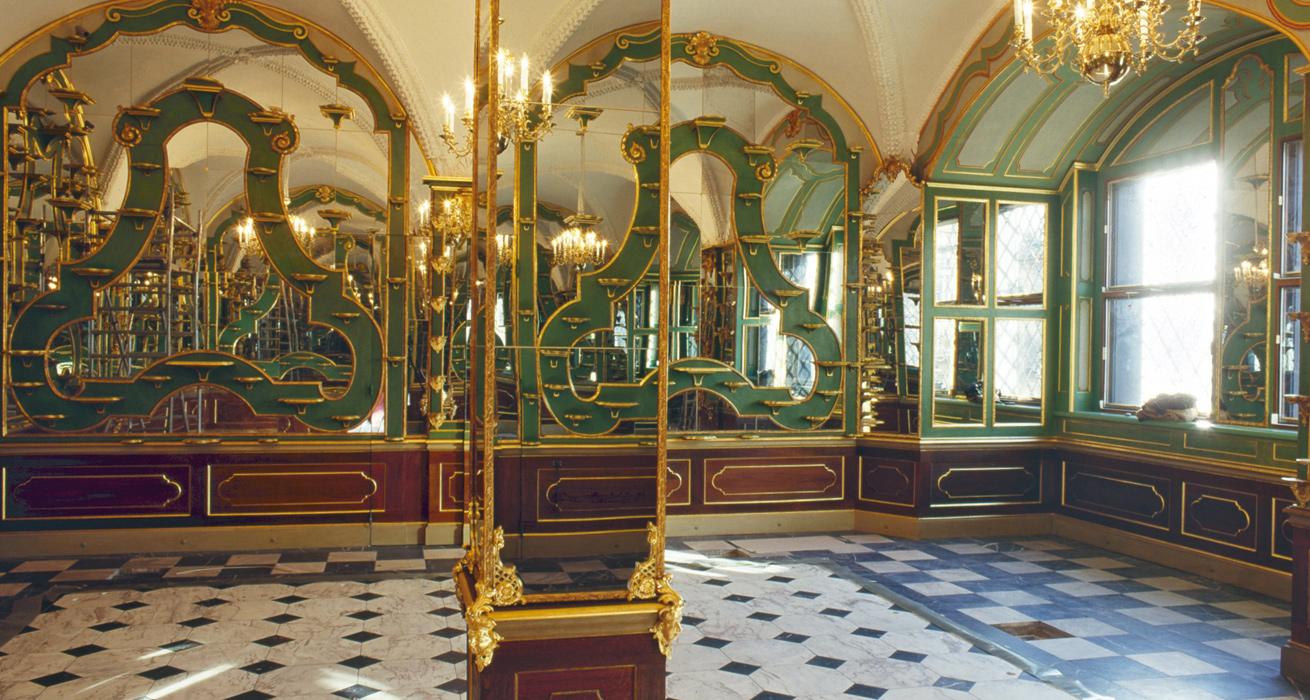 Restaurierung der vergoldeten Leisten - Residenzschloss Dresden, Historisches Grünes Gewölbe