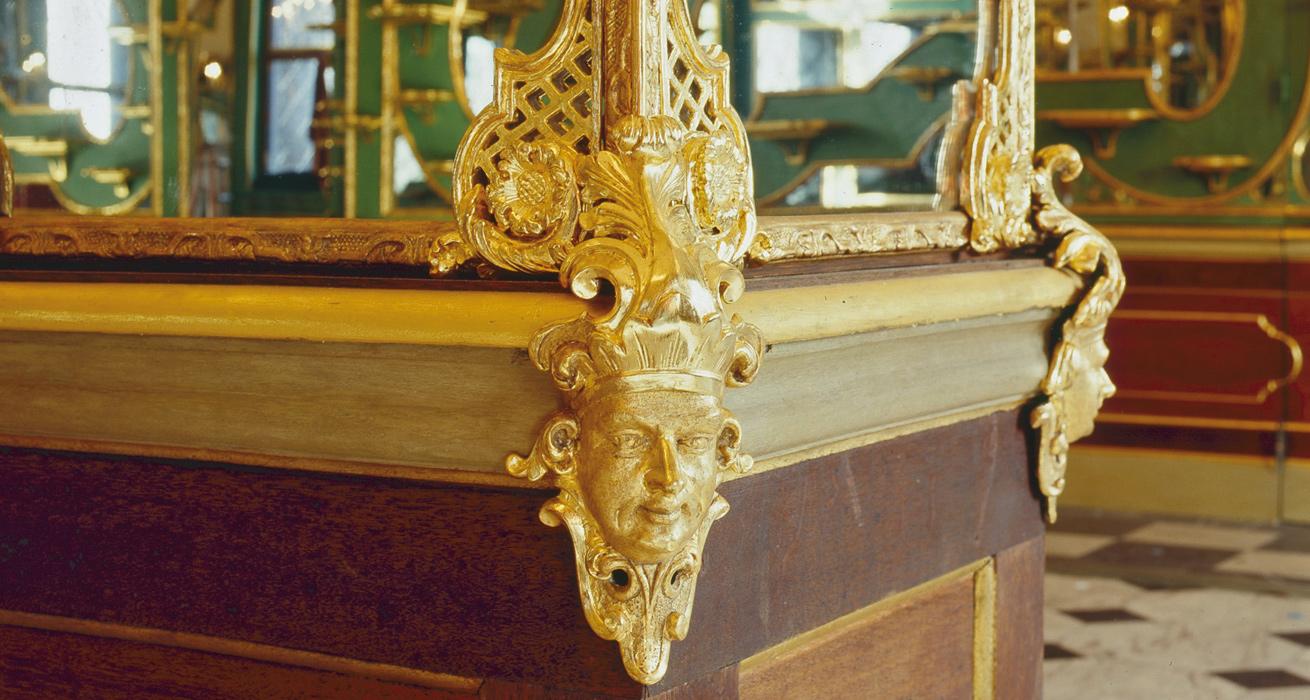Restaurierung der vergoldeten Schnitzwerke - Residenzschloss Dresden, Historisches Grünes Gewölbe