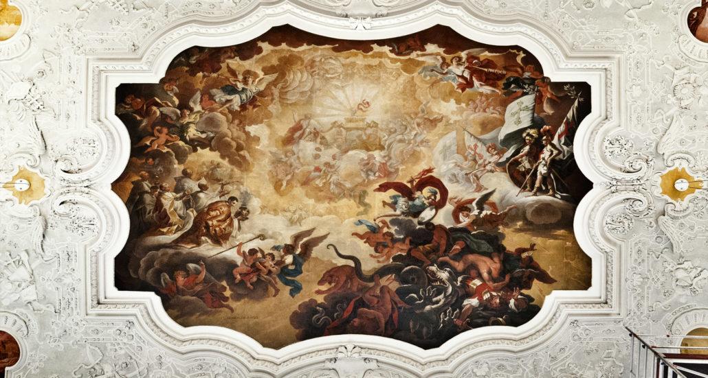 Restaurierung des Deckengemäldes im Kaisersaal der JVA
