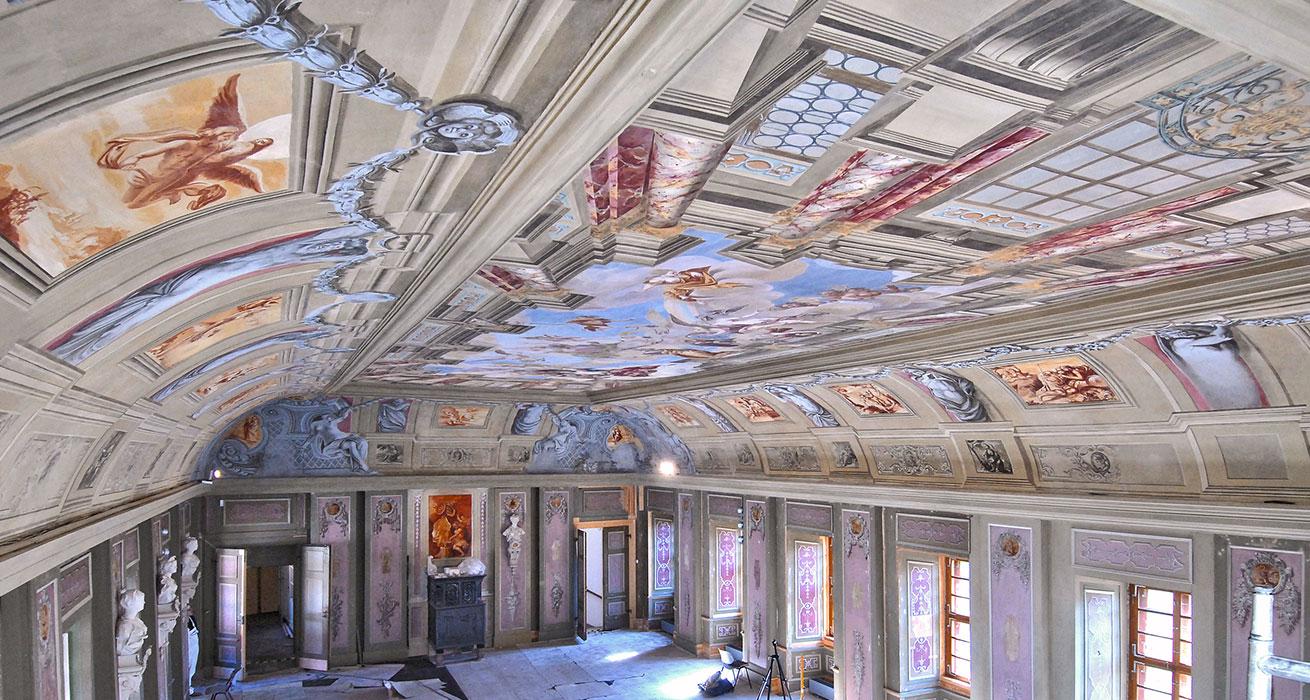 Schloss Tenneberg - Restaurierungder Deckenmalerei im Festsaal